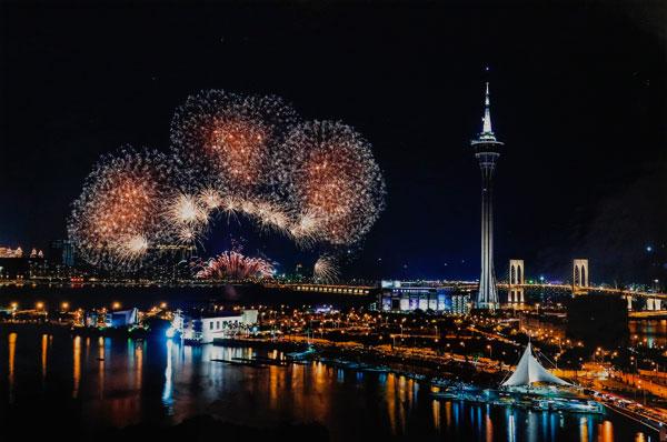 2018澳门国际烟花比赛汇演,节目表、最佳观赏位置、餐厅和酒店推荐